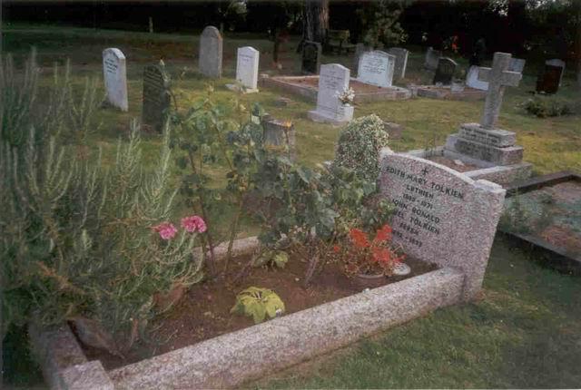 קברם של ג׳.ר.ר ואדית טולקין